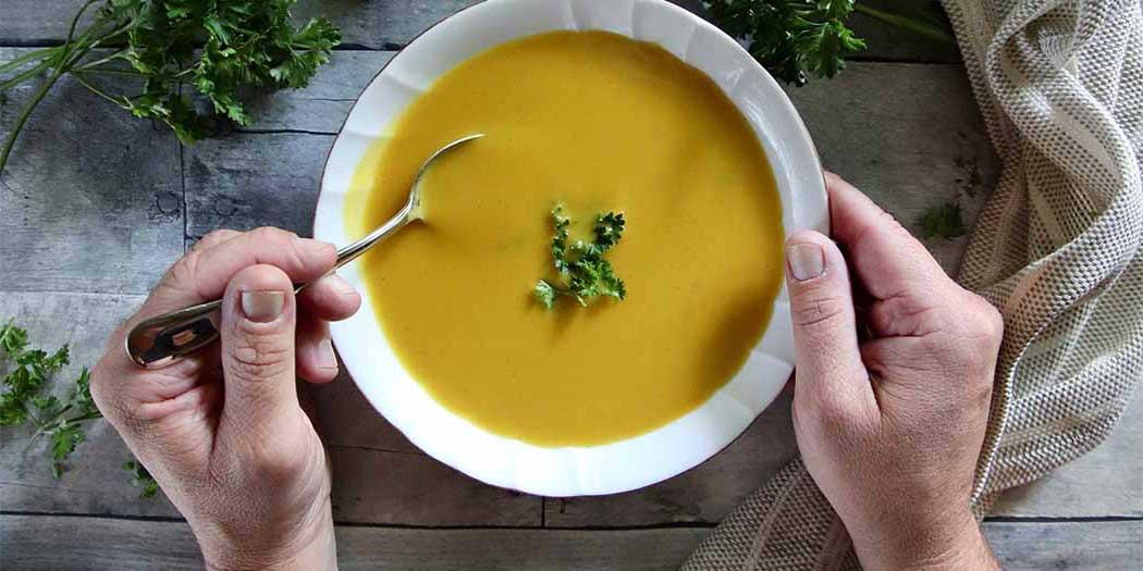 Breintraining en soep eten